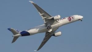 Airbus demonstriert sein neues Langstreckenflugzeug für eine kurze Zeit in Berlin.