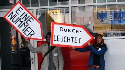 Das Aktionsbündnis Freiheit statt Angst bei einer Demonstration gegen Überwachung