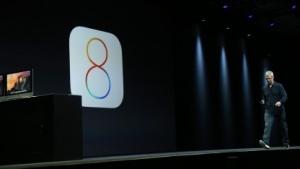 Apple-Chef Tim Cook stellt das Betriebssystem IOS 8 vor