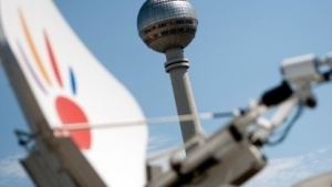 SNG-Antenne und Sendeturm Alex Berlin