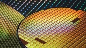 Aus solchen Wafern entstehen durch Belichtung Grafikchips und Prozessoren.
