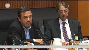 Frank Rieger vom CCC und Michael Waidner vom Fraunhofer Institut fordern eine Ende-zu-Ende-Verschlüsselung.