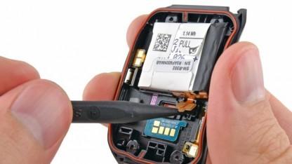 Samsung Gear Live in Einzelteilen