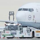 Lufthansa Taxibot: Piloten schleppen ihre Flugzeuge bald selbst zur Startbahn