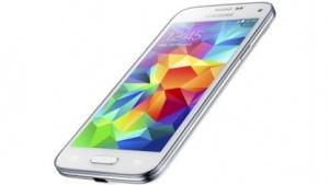 Das Galaxy S5 Mini ist bei den ersten Händlern vorbestellbar.