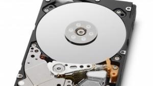 HGST liefert schnelle SFF-Festplatten mit 1,8 TByte Speicherkapazität aus.