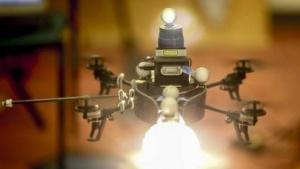 Drohne als Beleuchter