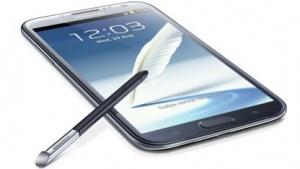 Das Galaxy Note 2 von Samsung erhält momentan ein Update auf Android 4.4.2.