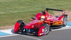 Formel E in Donington Park: Das Publikum entscheidet über den Boost.