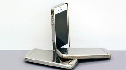Smartphone-Hülle aus metallischem Glas: Härte und Gewicht