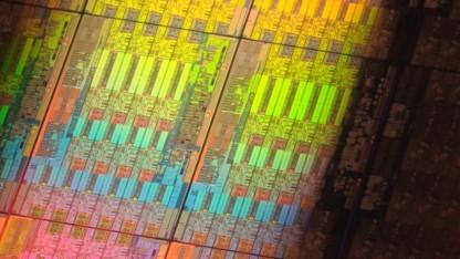 Intels Xeon E5-2600v3 auf dem größten Die mit 18 Kernen