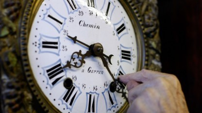 Physik: Zeitreisen ohne Paradoxon