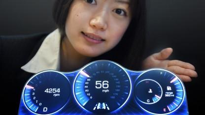 Ein möglicher Verwendungszweck der neuen Displays: Als Cockpit-Anzeigen im Auto