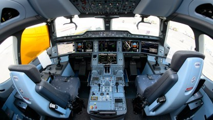 Das Cockpit eines Airbus A350XWB