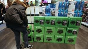 Verkaufsstart der Xbox One in Frankreich, November 2013