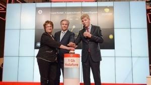 Staatssekretärin Brigitte Zypries auf der IFA 2014 am Stand von Vodafone und Kabel Deutschland