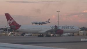 Flugzeuge auf dem Londoner Flughafen Heathrow: unterschiedliche Regelungen möglich