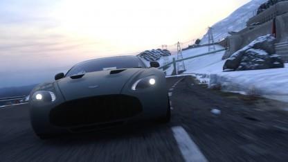 Einsame Fahrt durch eine Schneelandschaft in Driveclub
