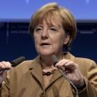 Merkel auf IT-Gipfel: Netzneutralität wird erst im Glasfasernetz wichtig