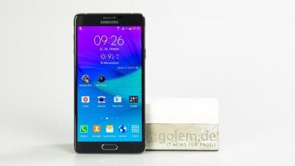 Das Galaxy Note 4 von Samsung erhält aktuell ein Update auf Android 5.0.
