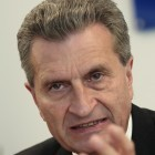 Netzpolitik: Oettinger forciert Vorratsdatenspeicherung auf EU-Ebene