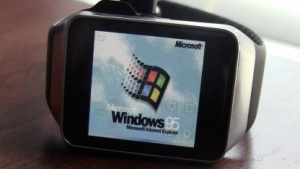 Windows 95 auf der Samsung Gear Live