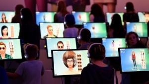 Mit Hilfe neuer Software sollen in Zukunft auch Amateure programmieren können.