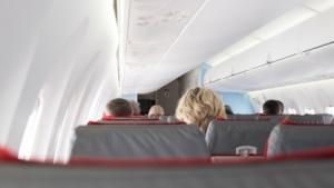 Tablets und Smartphones sollen bei Start und Landung wieder verstaut werden.