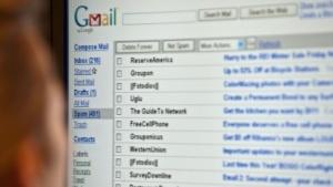 Nutzer wollen immer weniger private E-Mails schreiben.