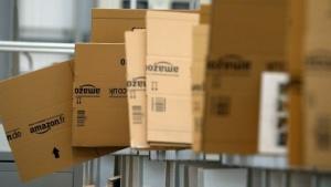 Google und Amazon konkurrieren um die Vorherrschaft im Onlineshopping.