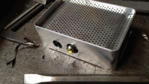 Eine Vorab-Version des Aluminium-Gehäuses UniPi für das Raspberry Pi