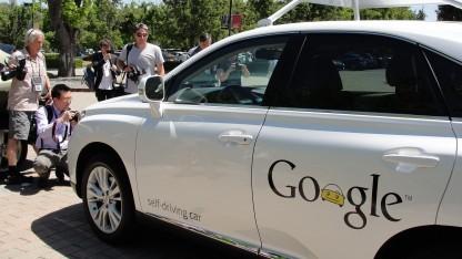 Google öffnet seine Auto-Plattform für Entwickler.