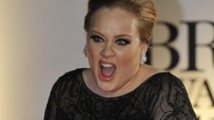 Die britische Sängerin Adele darf in Zukunft auch für Youtube-Abonnenten singen.