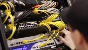 Internetanbieter sollen nun doch nicht die Nutzerdaten für Sicherheitszwecke speichern dürfen.