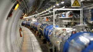 Nach längerer Pause soll der Teilchenbeschleuniger 2015 wieder starten.