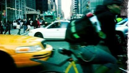 Fahrradkuriere in New York sollen für Amazon Päckchen ausliefern.