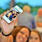 Automatische Filterfunktion: Facebook macht dunkle Selfies hell