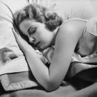 Buch vs. E-Reader: Elektrisches Lesen verschlechtert den Schlaf