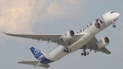 Der erste A350 XWB ist ausgeliefert worden.