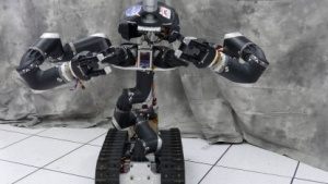 Roboter Surrogate: rollt, kann aber keine Treppen steigen