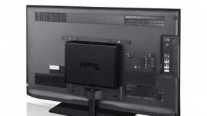 Die CoreStation an der Vesa-Halterung eines Fernsehers