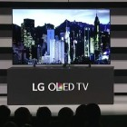 Curved oder flach: LGs neuer OLED-Fernseher verbiegt sich auf Wunsch