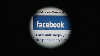 Geheimdienste wollen auch die Nutzerdaten von Facebook auswerten.
