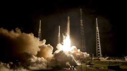 Falcon-9-Raketen sollen 700 Satelliten in den Orbit bringen