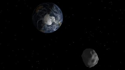 Asteroid passiert die Erde (Symbolbild): Überraschungen bei der Auswertung der Daten