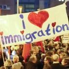 Gegen Pegida: Informatiker und Bitkom für Flüchtlinge und Vielfalt