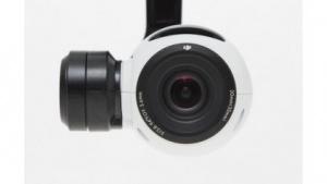 Die 4K-Kamera der Inspire 1 mit Handsteuerung