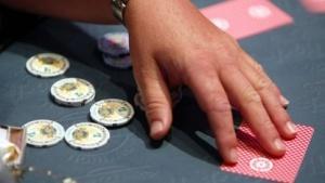 Pokerspiel (Symbolbild): mehr Speicher und mehr Rechenleistung für Spiele mit unvollkommenen Informationen