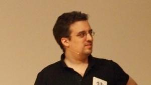 Dan Bernstein hat Chacha20 entwickelt.