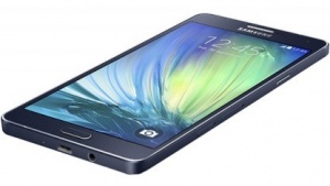 Galaxy A7 im Alugehäuse
